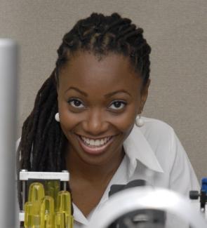ดร. Hadiyah-Nicole Green